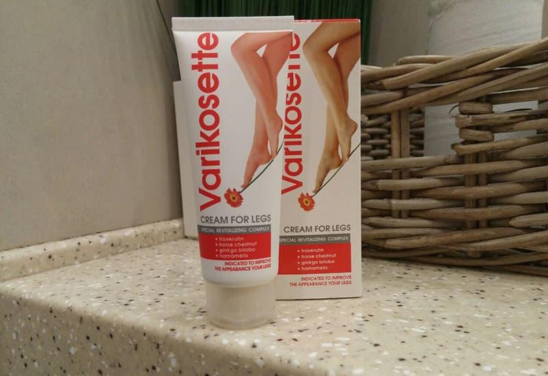La crema naturale Varikosette è stata formulata appositamente per chi soffre del fastidio delle vene varicose.